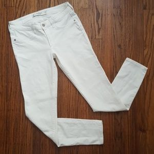 A&F Ivory White Ankle Skinny Jeans 6R 28